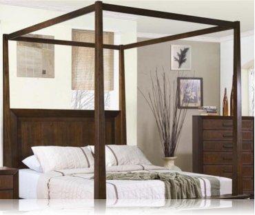 Garrett Canopy Cal. King Bedroom Bed